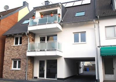 Dreifamilienhaus mit Lift in Rheinnähe
